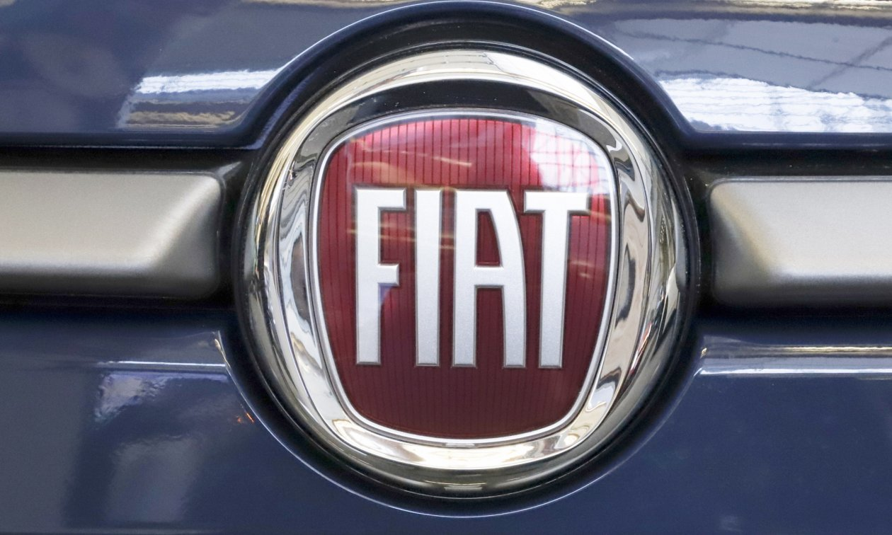 Fiat Inc. отзывает более 900 000 американских автомобилей из-за неисправных крышек подушек безопасности