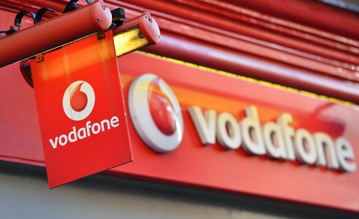 Судьба Vodafone-Idea зависит от сегодняшнего вердикта AGR Верховного суда