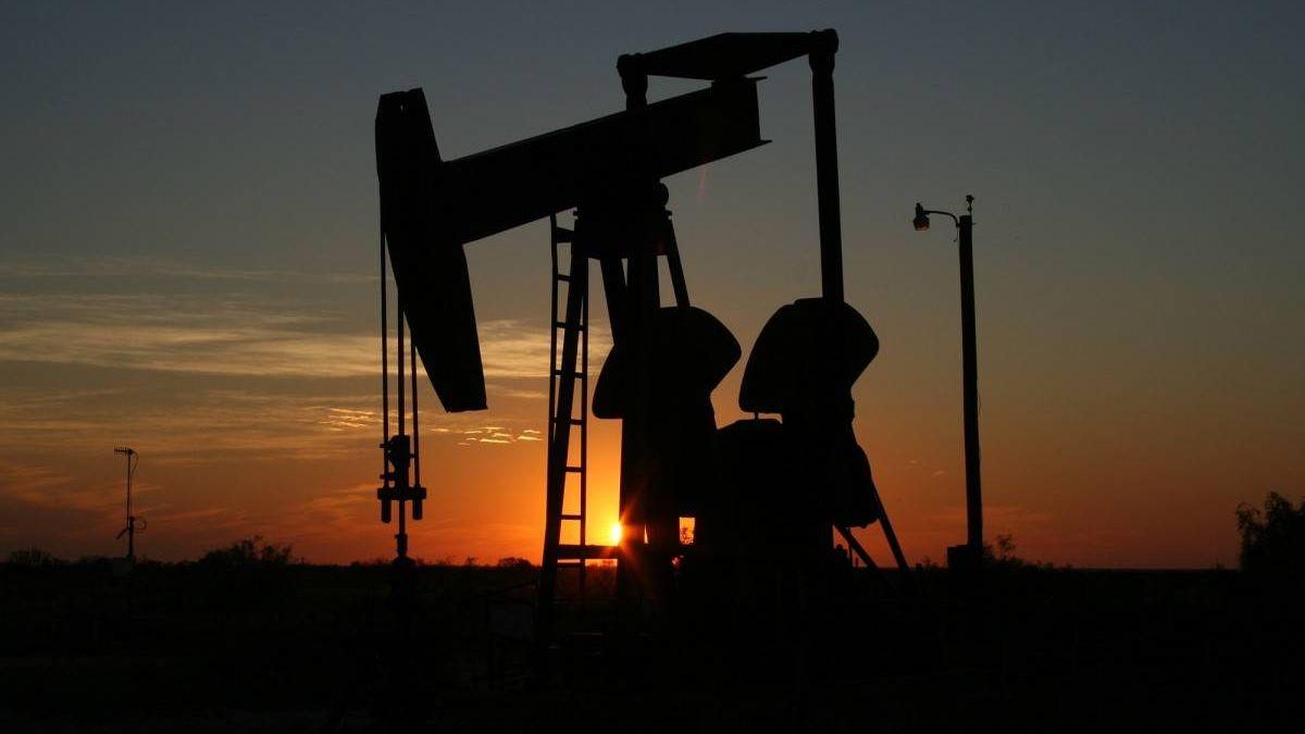 Бюджетный дефицит стран Персидского залива рискует усугубиться из-за неопределенности цен на нефть